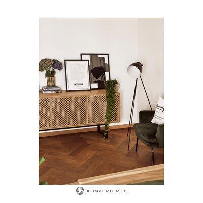 Musta lattiavalaisin (studio)