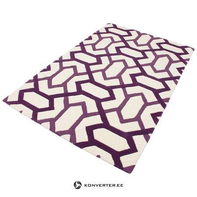 Violetti ja valkoinen kuviollinen matto (matto)