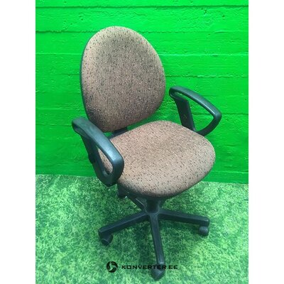 Ruda megzta biuro kėdė